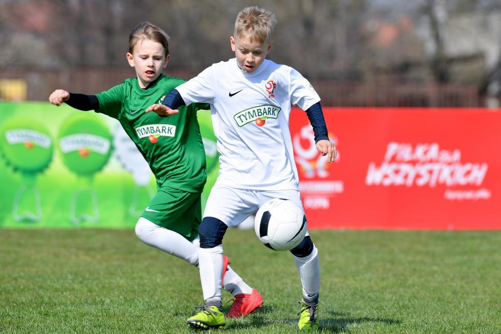To oni staną przed szansą zagrania na PGE Narodowym. Oto najlepsi młodzi piłkarze ipiłkarki województwa dolnośląskiego