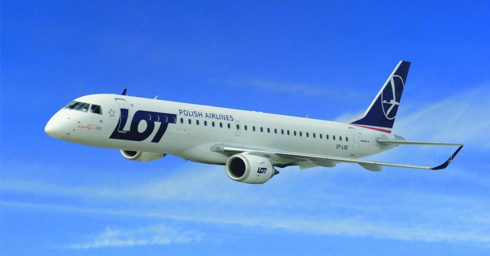 Odwołany lot podczas wakacji – czy klientom linii lotniczych przysługuje odszkodowanie?